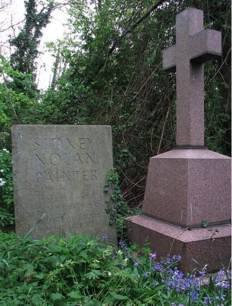 Sidney Nolan's grave, Highgate Cemetery (East), London