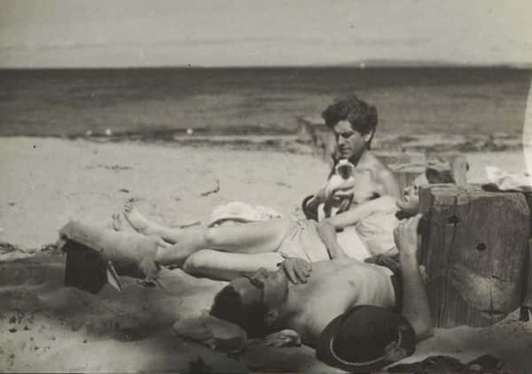 John Reed (holding Min the cat), Sunday Reed and Sidney Nolan, Point Lonsdale, c. 1945, photographer John Sinclair, SLV